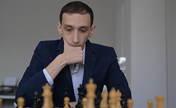 Simul Game with GM Hovhannisyan Robert